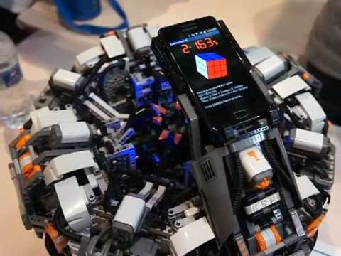 The CubeStormer 2 - World Record Rubik's Cube Solver made from LEGO NXT  Mindstorms
