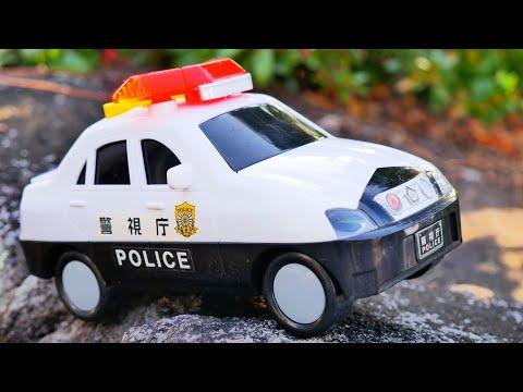 ちょっと大きなパトカーのおもちゃ! おしゃぺりピカピカ パトカーを紹介するよ♪ サイレン 緊急車両 警察車両 Light and Sound Police Car Toy for Kids