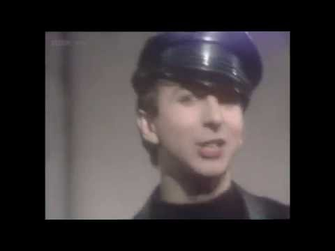 Soft Cell - Bedsitter (TOTP 1981)