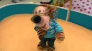 Игрушка мягкая музыкальная ТИГРЕНОК - поет, танцует(Множество электронных игрушек - на сайте www.bravo-telecom.ru., 2011-11-18T07:52:31.000Z)