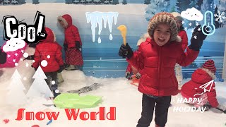 Zara bermain Salju di Snow World Rita Supermall Purwokerto