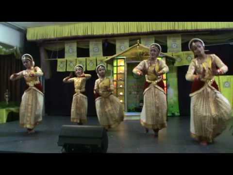 Daiva Dasakam 2016 Pranavam Natyagraham choreographed by Ambily