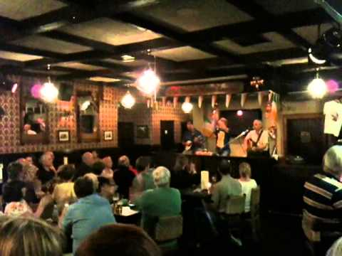 Live Irish Music @ Danny Mann's Pub #2