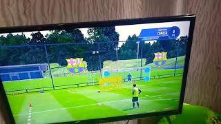 Meu  irmão batendu  livre no  Fifa   19
