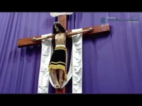Cristo de Amozoc baja el rostro en plena misa