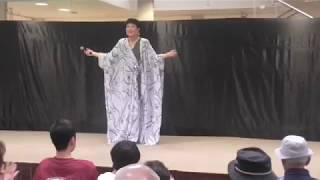 イオン北谷で魅川憲一郎ショーを見学してきました♪ さそり座の女 魅川憲...