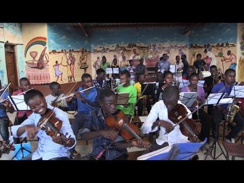 Ghetto Classics, un groupe de musique dans un bidonville
