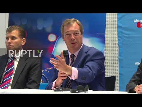 Germany: 'Can't put cigarette paper between Merkel and Schulz' - Farage at AfD event
