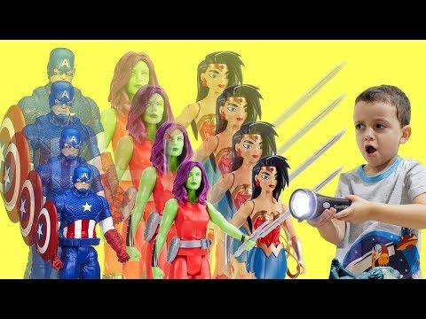 Capitão América Gamora Mulher Maravilha e o Raio Encolhedor Bonecos Super heróis