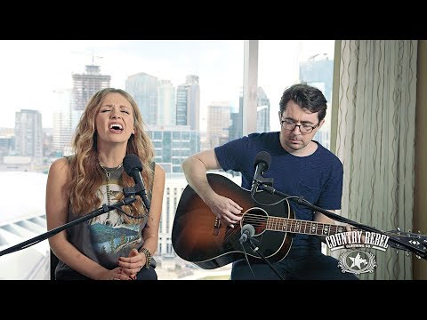 Carly Pearce 'Jolene' Cover // Country Rebel Skyline Sessions