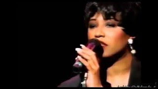 """Lisa Fischer - """"How Can I Ease The Pain"""" ( Live )"""