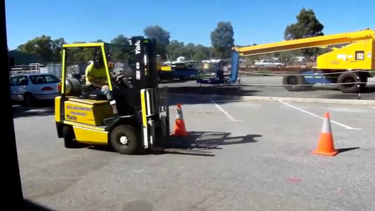 Forklift licence training youtube forklift licence training xflitez Choice Image