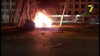 Возле Политеха жуткое ДТП с погибшими: BMW X6 врезался в столб