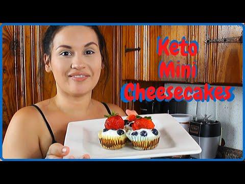 mini-keto-cheesecakes