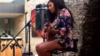 "Tani Walker soundcheck @ The Centuria Bon Jovi Cover ""Midnight in Chelsea"""