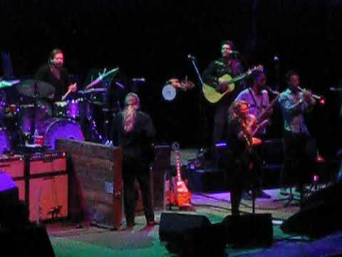 the tedeschi trucks band please call home 10 7 17 youtube. Black Bedroom Furniture Sets. Home Design Ideas