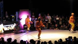 Repeat youtube video SDK 2012 Real Action Johannesburg Pantsula show