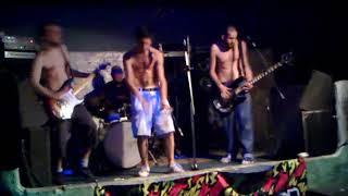 Bruta Decepción - Rati de mierda / Vamos todos a la fiesta (VIVO 2011)
