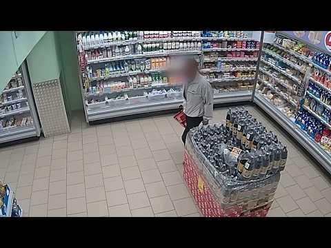 37 палок колбасы украл мужчина из магазина в Кондрово