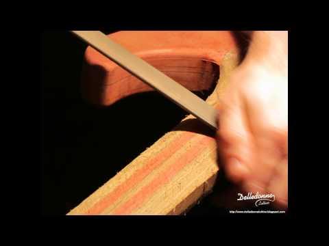 Construcción de una guitarra eléctrica - Mariano Delledonne Luthier.avi from YouTube · Duration:  3 minutes 42 seconds