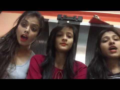 Cute girls singing song,Cute Indian girls,Voice of India. kiss in the end :P