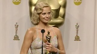 Charlize Theron @ The Academy Awards 2004