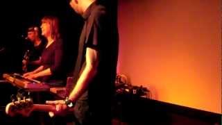 Barbara Morgenstern The Minimum Says (live)