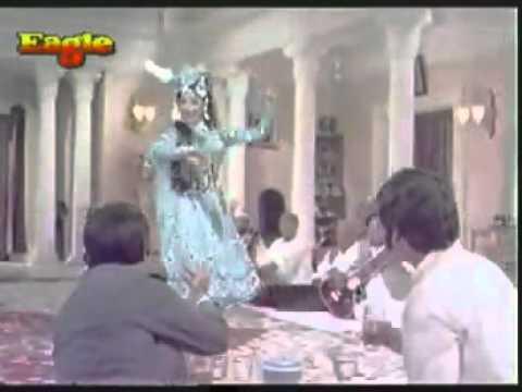 ''Meri Nazron Ne Kaise Kaise'' (Jangal Mein Mangal)