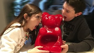 EATING THE WORLD'S LARGEST GUMMY BEAR FOR DINNER!