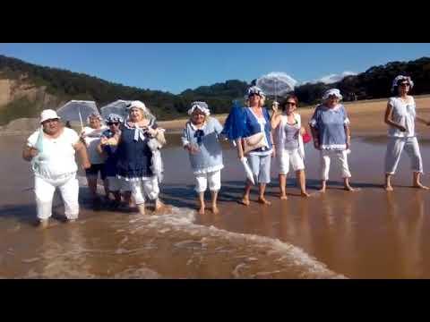 Banos De Epoca.Banos De Ola Y Mujeres De Epoca En Playa Rodiles 2019
