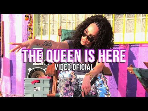 Смотреть клип Ivy Queen - The Queen Is Here