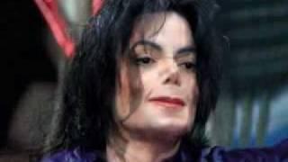 מייקל ג'קסון משנה פנים