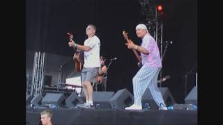 Meet on the Ledge  - The Banks of the Roses Cropredy 2003