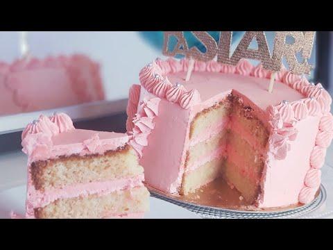 gâteau-à-la-vanille-et-à-la-crème-au-beurre-américaine
