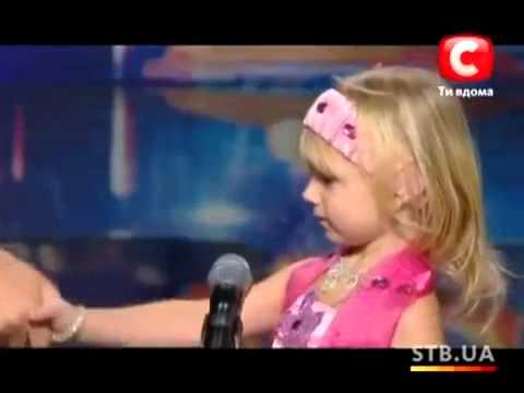 _-девочка-которая-заплакала-из-за-волнение-_