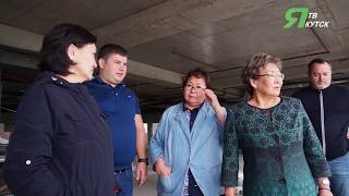 Сардана Авксентьева проверила ход строительных работ в Доме культуры им Гагарина