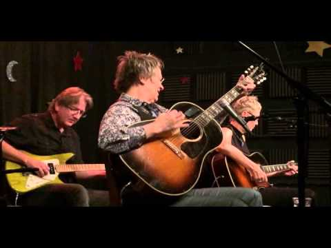 Mary Gauthier, great version of When a Woman Goes Cold