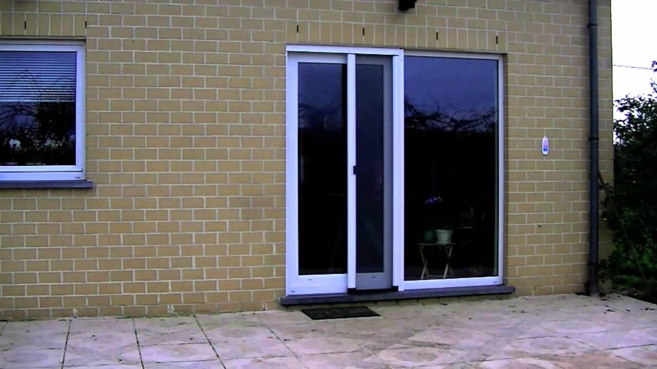 Moustiquaire moustiflex free slim porte coulissante avec for Porte fenetre avec moustiquaire