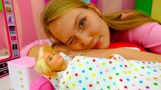 Видео для девочек. Видео куклы: БАРБИ страдает бессонницей. Игры для девочек