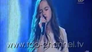 Rita Thaçi - Blue Jeans (The Voice Kids Albania)