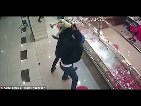 WHEN YOU FIND DIAMONDS BUT ONLY HAVE A STONE PICKAXE (Malaysia Jewelry Robbery Fail)