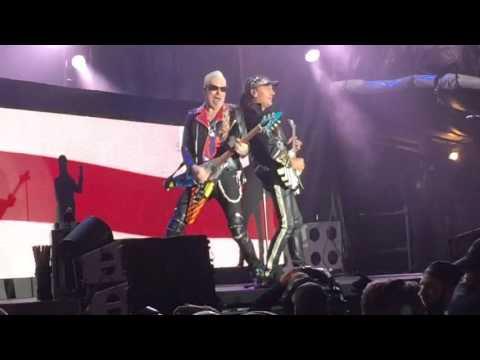 Scorpions: confira vídeos com Mikkey Dee na bateria
