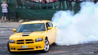 DODGE CHARGER Sound,Drifting and burnouts/ SRT HEMI V8 (4K UltraHD)