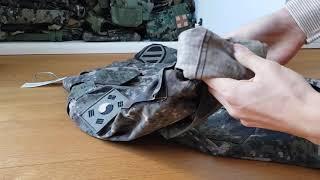 전투복 소매 풀기 - Unrolling uniform sleeves