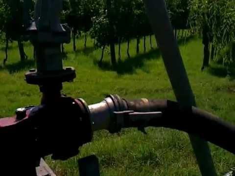 Irrigazione vigneto fiat 980dt youtube for Irrigazione vigneto