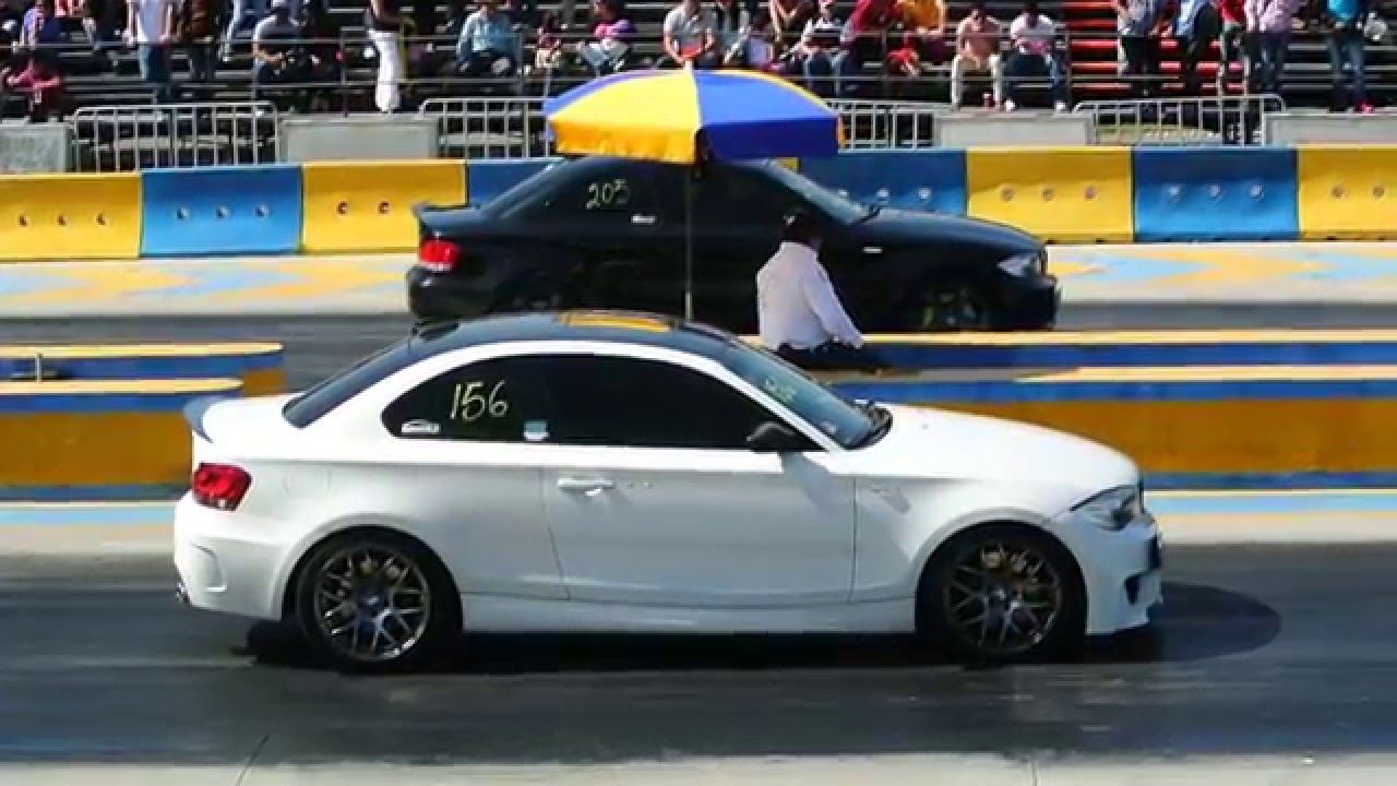 Bmw 135i Vs Bmw 1m Coupe Arrancones Pegaso Diciembre 20 2015 Youtube