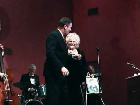 Joe Bologna & Renee Taylor sing to each other in 1995