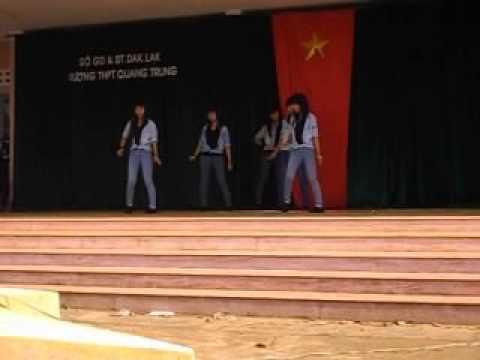 [24/03/2013] 10A1 Nhảy hiện đại- THPT Quang Trung Daklak