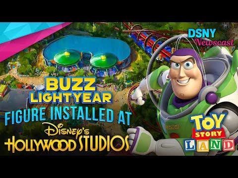 BUZZ Lightyear Figure Installed In Toy Story Land at Walt Disney World - Disney News - 6/05/18