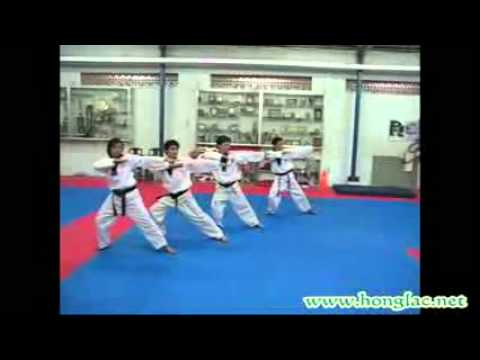 Dong mau Lac Hong TKD - YouTube.3gp